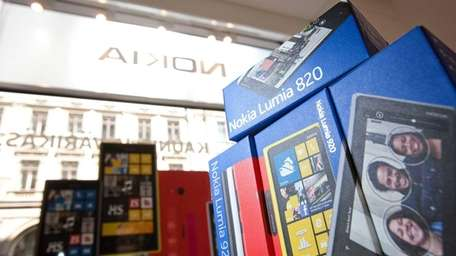 A promotional display of Lumia 920 and 820