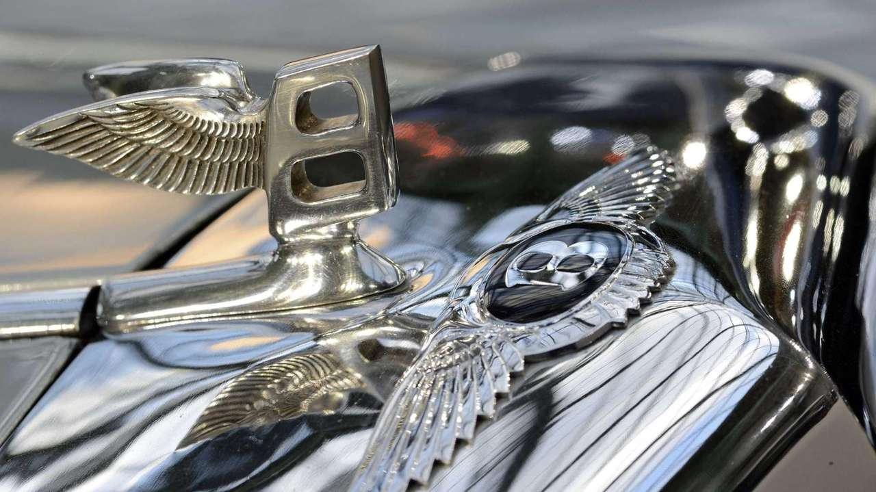 Bentley Suv To Be World S Most Expensive Volkswagen Says Newsday