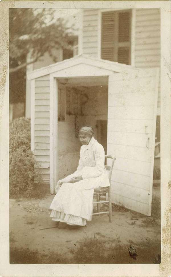 Julia Dyd Havens Johnson, daughter of slaves and
