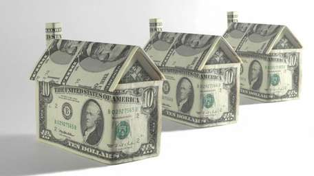Average rates on U.S. fixed mortgages fell for