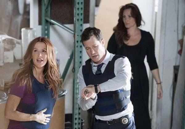 """Bigtime"": Al (Dylan Walsh) and Carrie (Poppy Montgomery)"