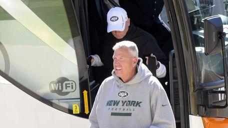 Jets head coach Rex Ryan arrives at training