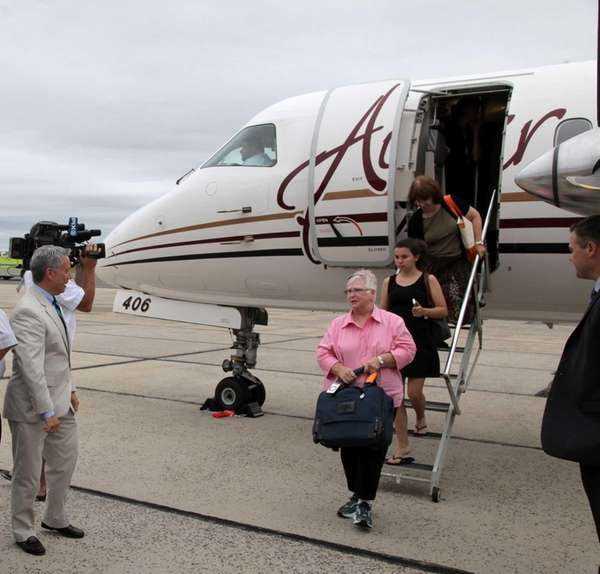 Passengers arrive from PenAir's first flight into Islip