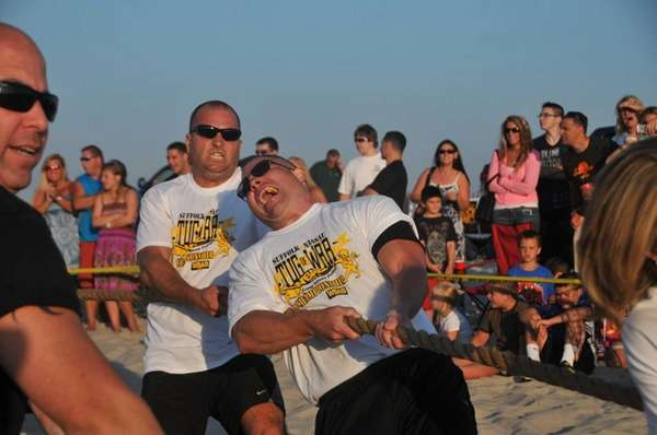 Deputy sheriffs from Suffolk County compete in the