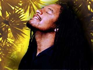 Reggae star Maxi Priest will perform a free