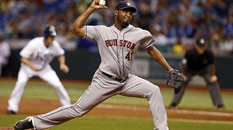 Houston Astros relief pitcher Jose Veras throws during