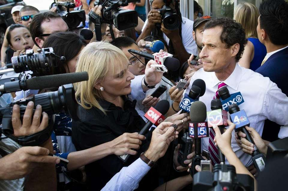New York City mayoral candidate Anthony Weiner addresses