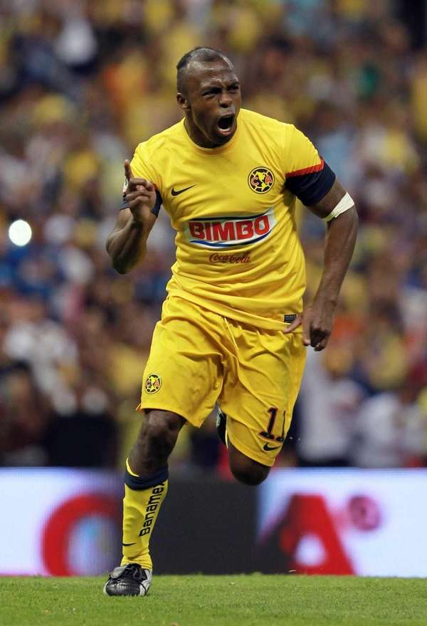 Christian Benitez celebrates after scoring against Queretaro during