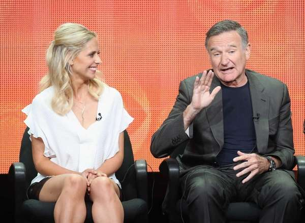 Actors Sarah Michelle Gellar and Robin Williams at