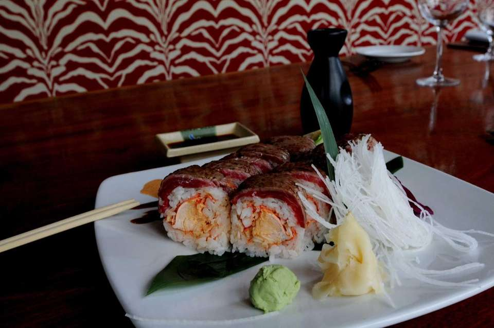 Surf 'n' turf roll at Insignia, Smithtown: Befitting