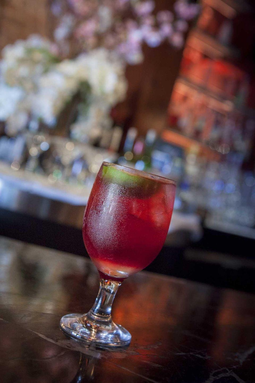 Honu Kitchen & Cocktails, Huntington: A black currant