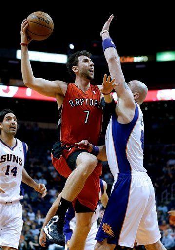 The Toronto Raptors' Andrea Bargnani (7) shoots over