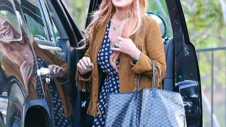 Lindsay Lohan says her last goodbyes with in-house