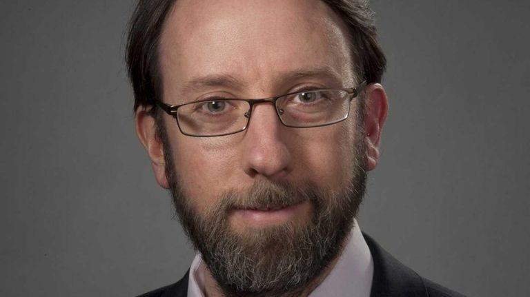 Dr. Ken Spaeth of North Shore LIJ, seen