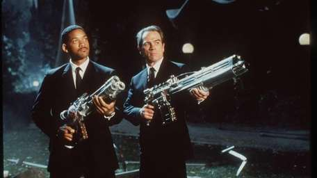Will Smith and Tommy Lee Jones are intergalactic