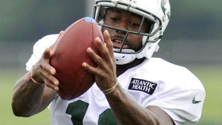 Jets wide receiver Jeremy Kerley (11) catches a