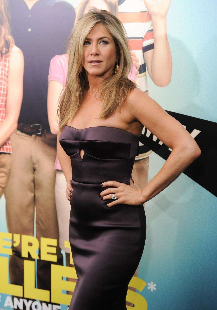 Jennifer Aniston attends the world premiere of her