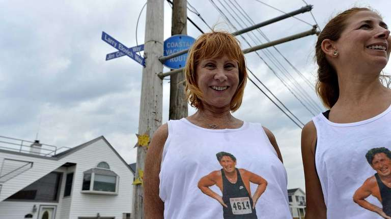Helen Elovich and her daughter Lisa stand beside