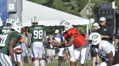 Jets quarterback Geno Smith during NFL football training