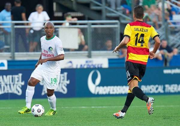 Cosmos midfielder Marcos Senna looks for an open
