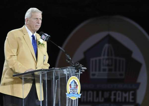 Hall of Fame inductee Bill Parcells speaks during