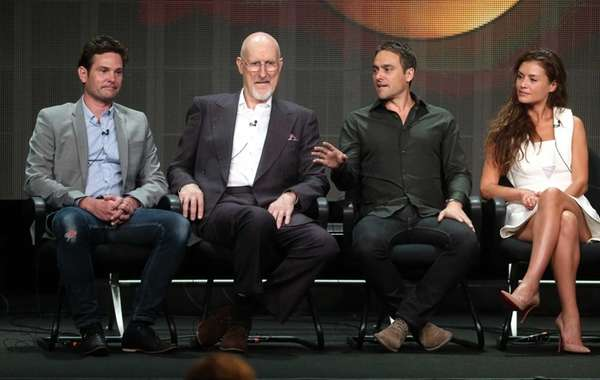 Actors Henry Thomas, James Cromwell, Stuart Townsend, and