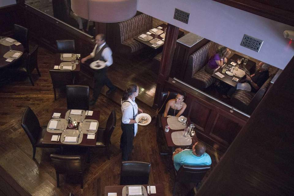 Marble Modern American Steakhouse in Floral Park has