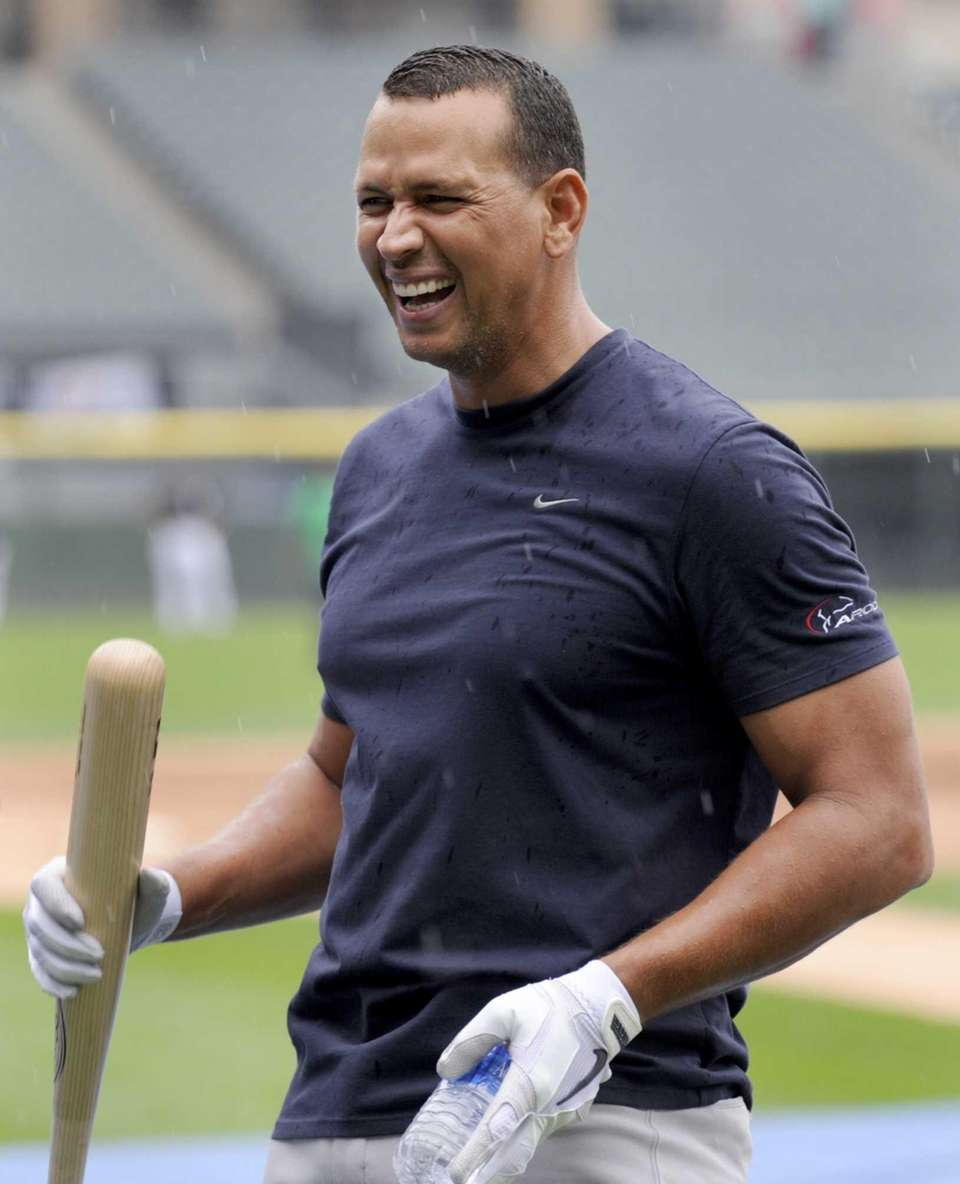 Alex Rodriguez jokes around at U.S. Cellular Field