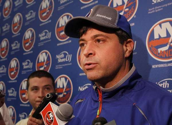 Head coach Jack Capuano of the Islanders speaks