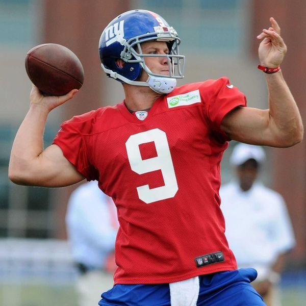 Giants quarterback Ryan Nassib throws a pass during