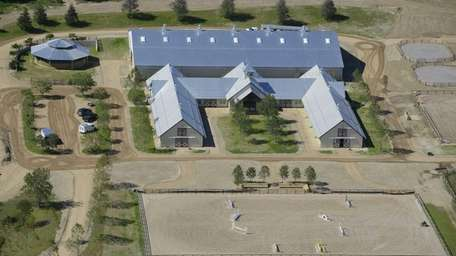 Matt Lauer's horse barn is under construction in