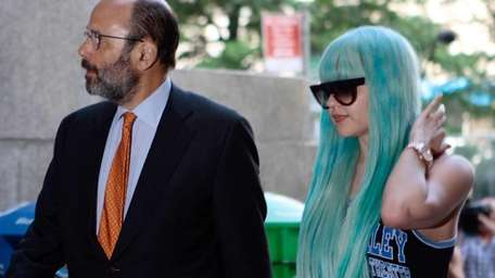 Amanda Bynes arrives for a court appearance in