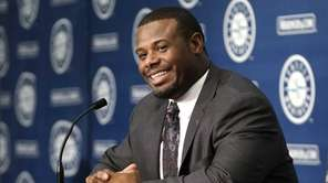 Former Seattle Mariners' Ken Griffey Jr. speaks at