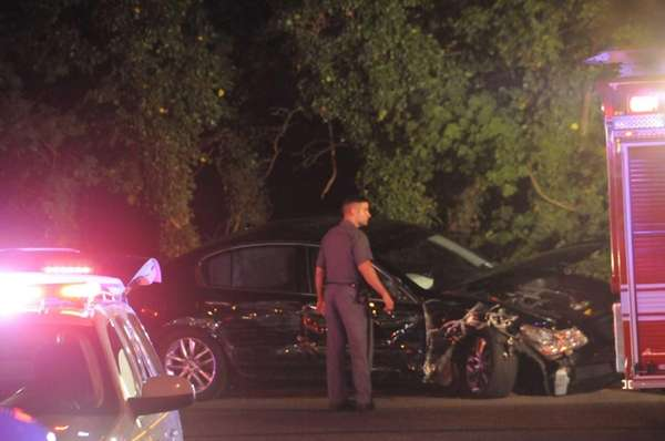 Authorities respond to a multiple-vehicle accident on the westbound Southern State Parkway near Exit 17 in Malverne. (Aug. 10, 2013)