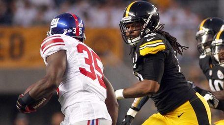 Jarvis Jones #95 of the Pittsburgh Steelers pursues