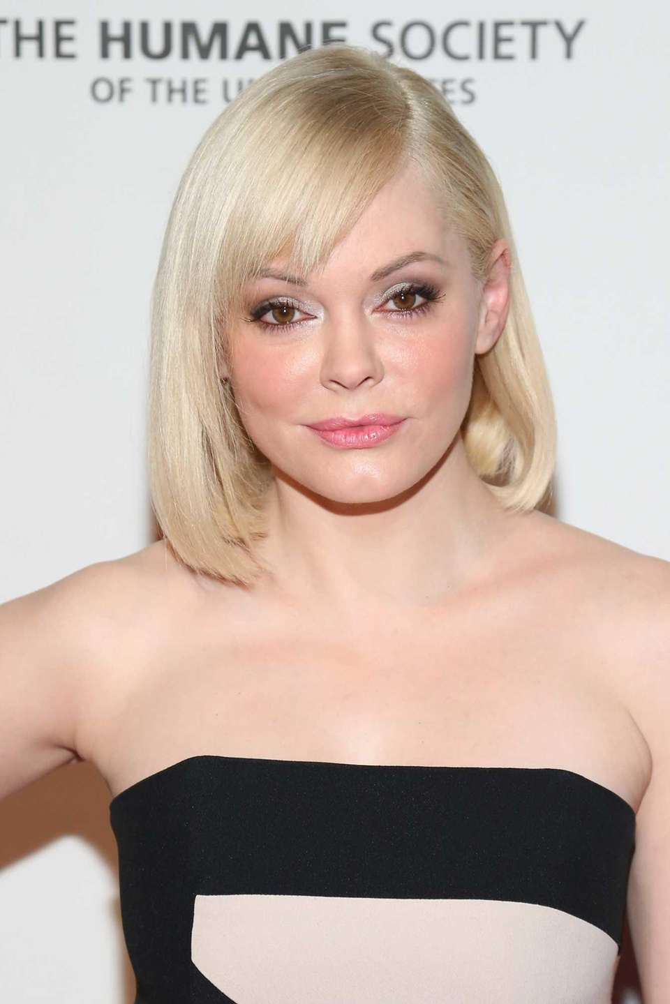 Rose McGowan was born on Sept. 5, 1973.