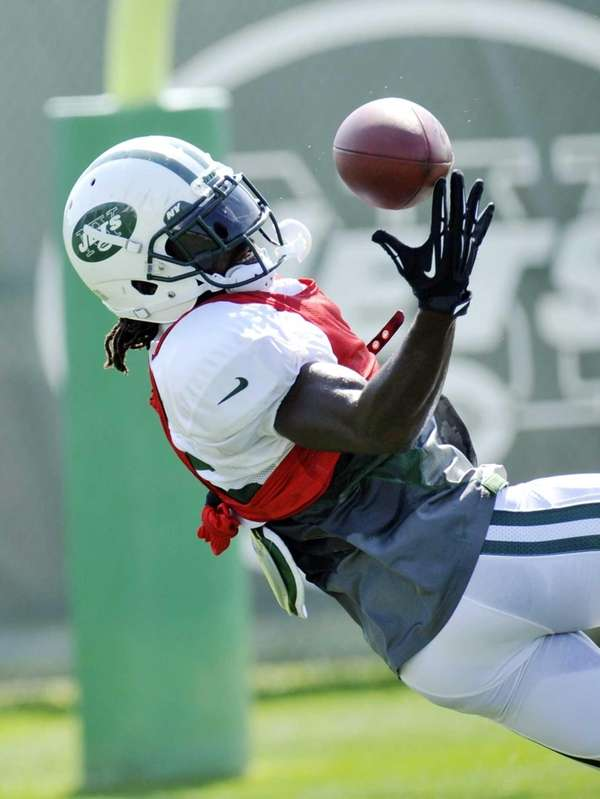Joe McKnight is injured on a play during