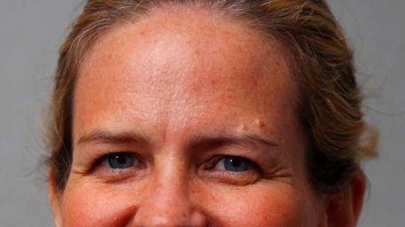 Laura Curran (D), candidate for Nassau Legislature 5th