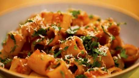 Rigatoni with a tomato and butter sauce. (Jan.