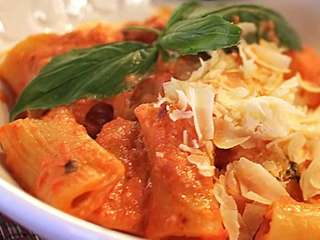 Rigatoni Bolognese at Abeetza Next Door in Greenvale.