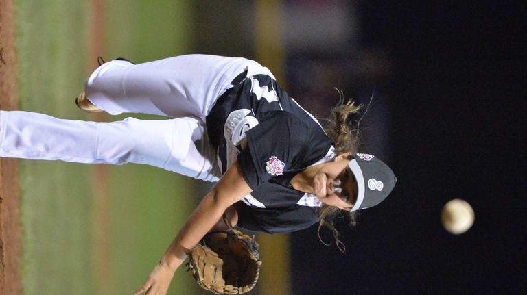 Kristen Moldovan of Massapequa throws a strike in