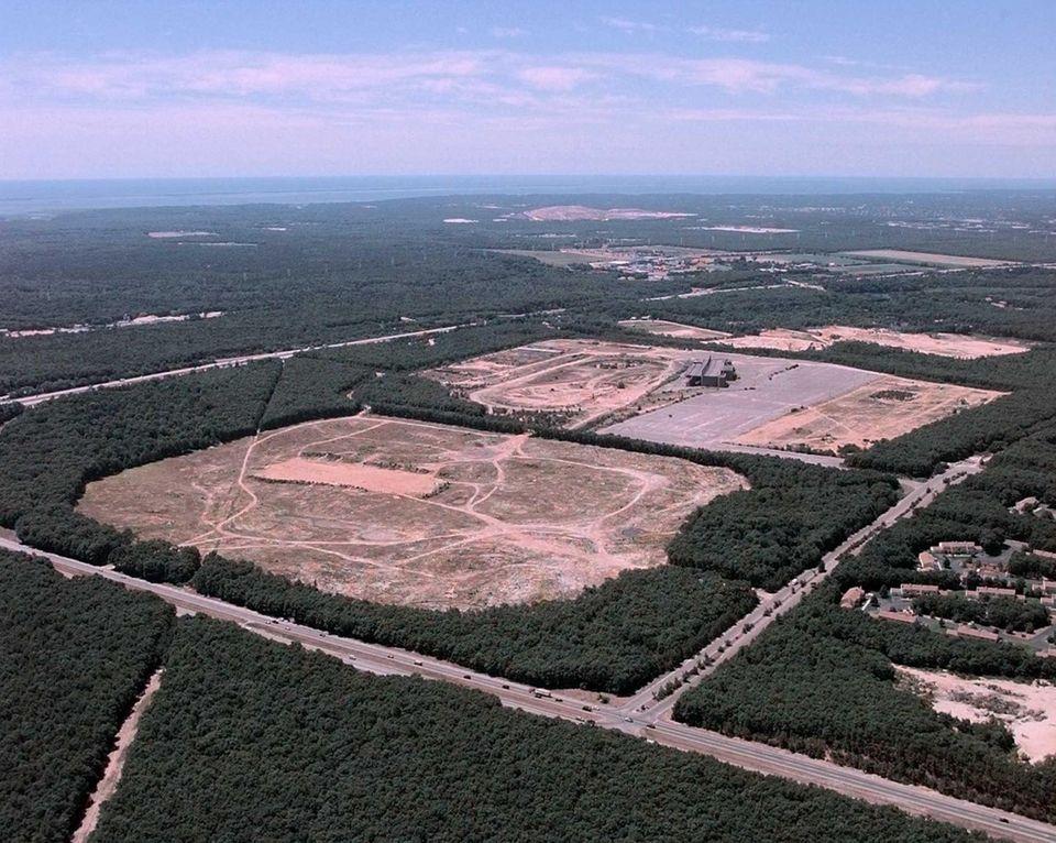 First proposed by developer Wilbur Breslin in 1989