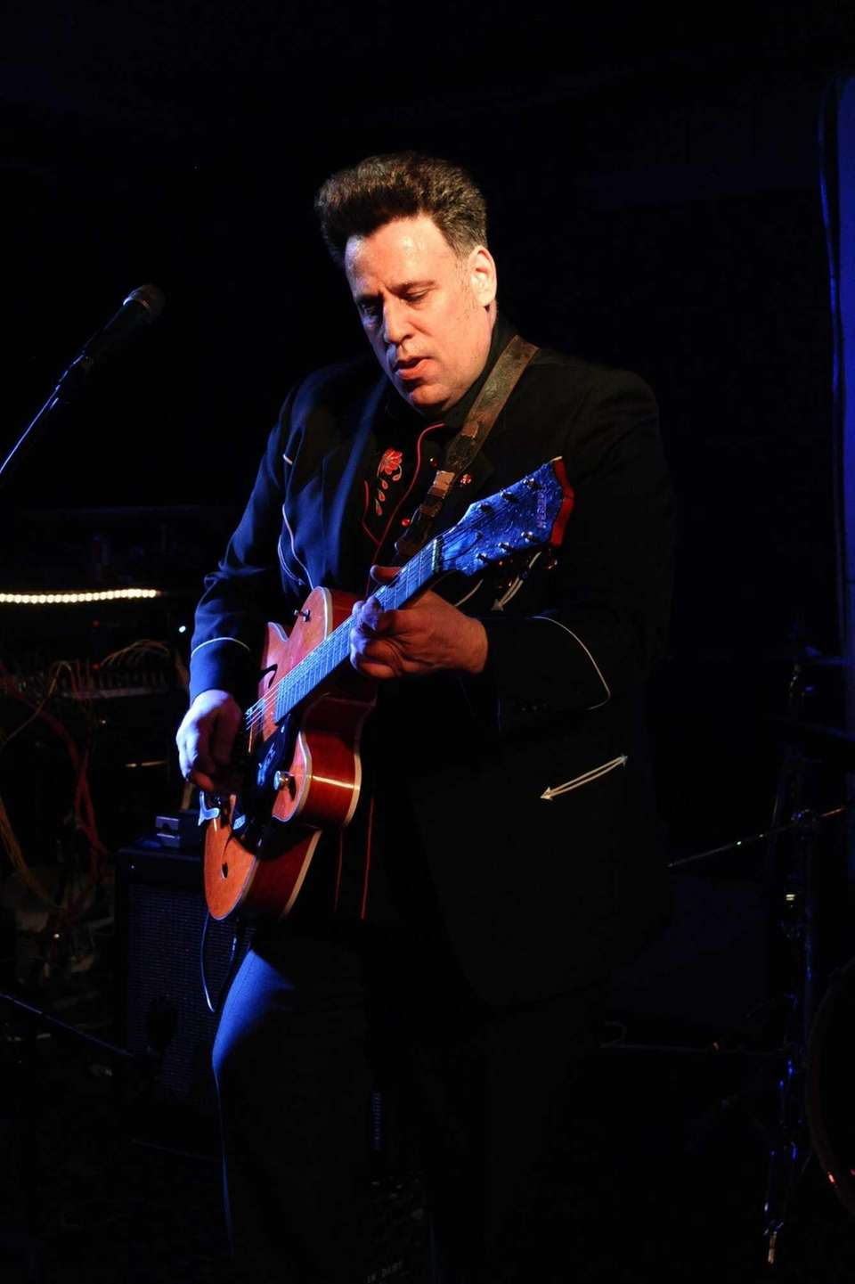 Roy Wilson performs at the Stephen Talkhouse in