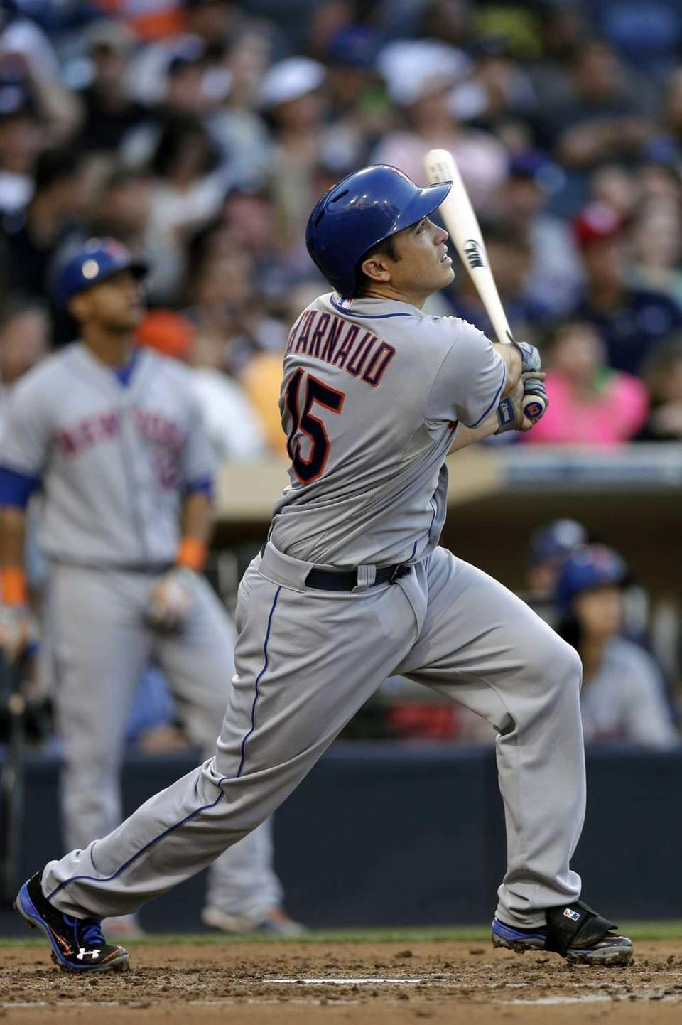 Mets' Travis d'Arnaud flies out to center field