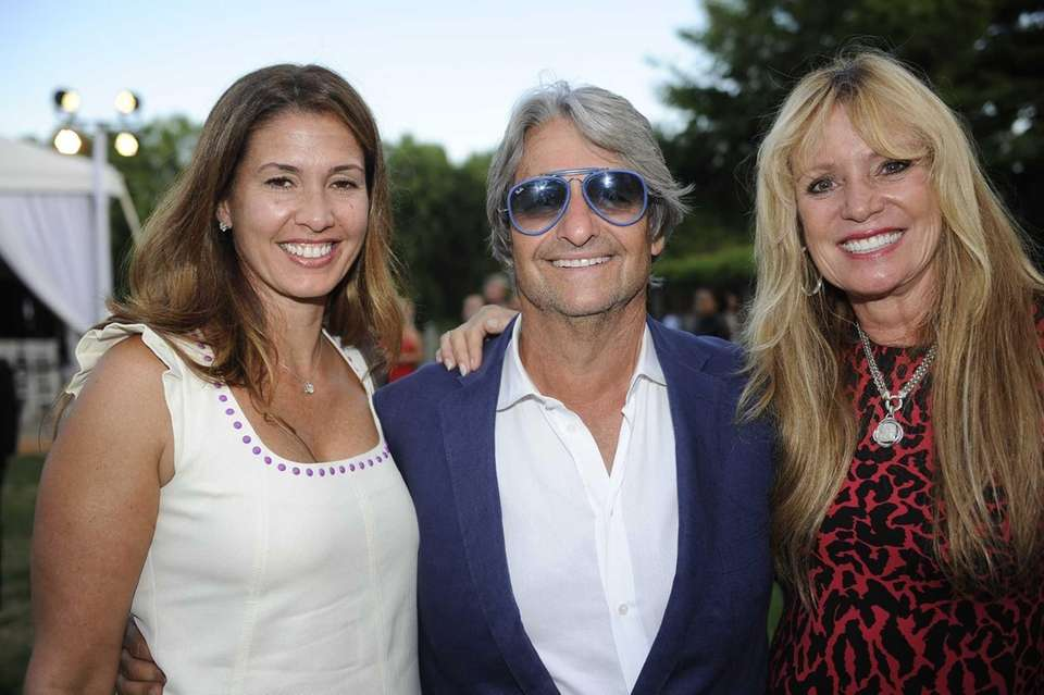 From left Barbara Zangrilli, Dr. Larry Rosenthal and