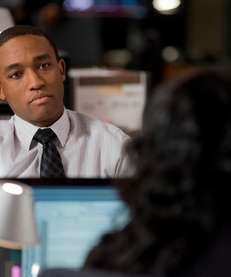Lee Thompson Young as detective Barry Frost on