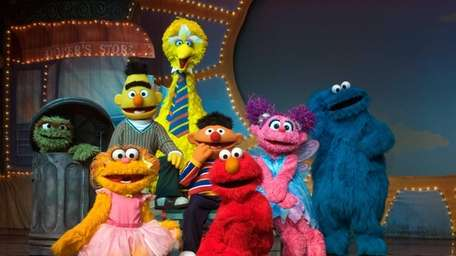 Sesame Street Live: Make a New Friend will