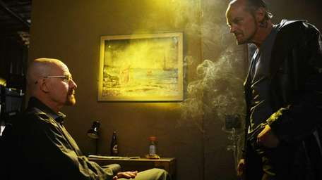 Walter White (Bryan Cranston) and Jack (Michael Bowen)