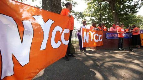 Hempstead parents and members of New York Communities