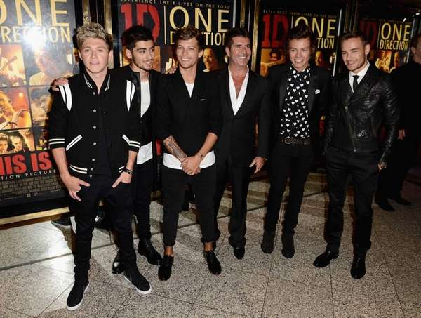 Simon Cowell, center, with (from left) Niall Horan,